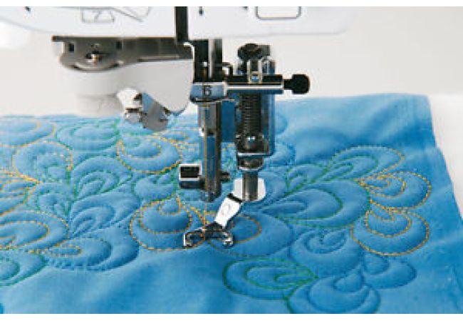 Otevřená quiltovací kovová patka pro šicí stroje do 7 mm