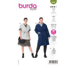 Strih Burda 6097 - Kabát s opaskom, vesta s kapucňou pre plnoštíhle